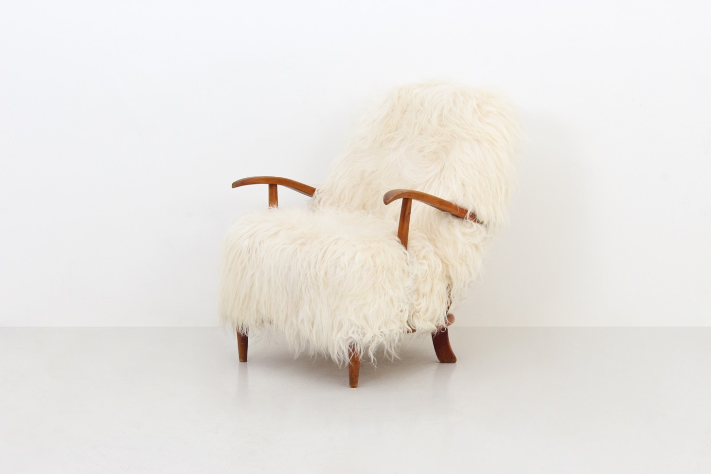 Pair Of Armchairs Dimoregallery